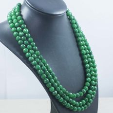 Silver (925/1,000) Necklace with 3 strands of faceted emeralds, 435.20 ct
