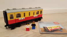 Trains 12V - 7815 - Passenger Carriage / Sleeper