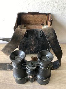 WW1 - antique German Cavalry/Infantry binoculars in holdall with instructions for use.