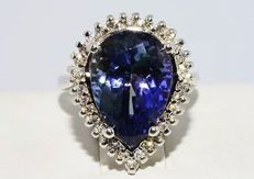 White gold ring with natural tanzanite 6.80 ct and diamonds 0.46 ct - dimensions: 15.03 x 9.95 mm