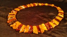100% Genuine Baltic Amber necklace, length 50 cm, 64 grams