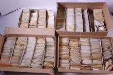 World 1900/1975 – Batch in 4 boxes, subdivided in hundreds of bags