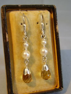 Earrings with Akoya cascade and faceted citrine briolette-drops - 6 ct