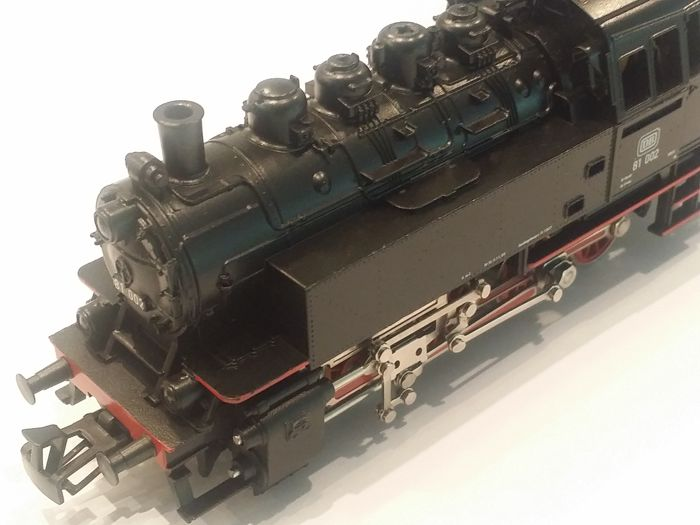 Märklin H0 - Tender locomotive BR 81of the Deutsche Bundesbahn