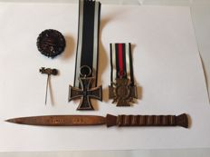 Great collection from World War I of a front-line soldier.