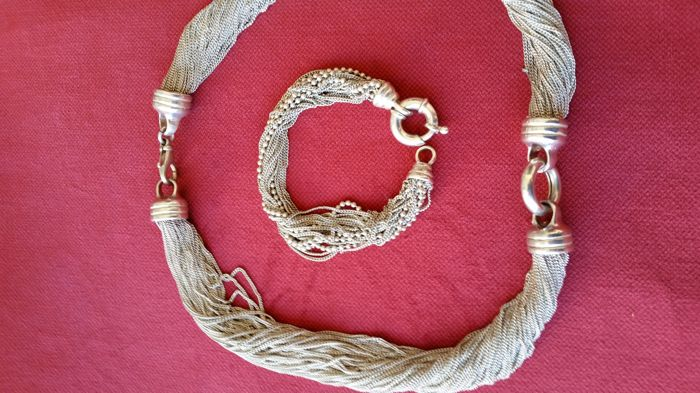 Choker necklace and bracelet – matching – 1970s