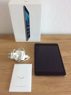 iPad mini black - 16 gb - model a1489 - Boxed