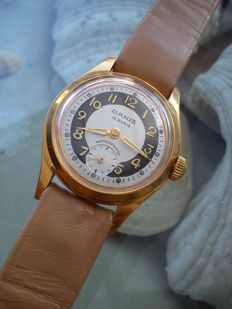 Danis unisex watch from the 1960s.