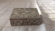 Silver powder box/lipstick holder, ca 1930