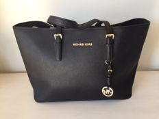 Michael Kors – Jet Set Travel – Bag