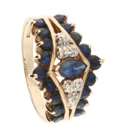 10k yellow gold ring set with sapphires and 6 brilliant cut diamonds of approx. 0.03 ct in total. Ring size 17 mm