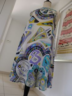Summer dress by Emilio Pucci, in a wonderful pattern, model: A-Line.