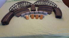Märklin H0 - 7263/7267/7268 - Plastic arched bridges, ramps and pillars