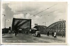 Rotterdam from 1930 onward including picture postcards; 115 x