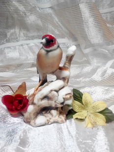 Ceramics goldfinch from Capodimonte - White gold