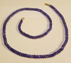 Necklace of tanzanite, gold clasp 14 kt – 53.5 cm