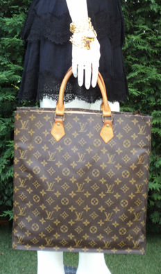 Louis Vuitton - Monogram Sac Plat NM Tote Shopping Bag