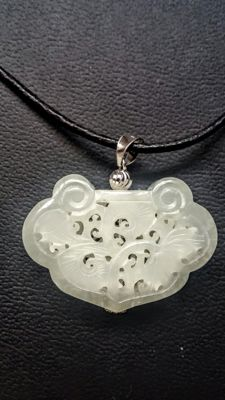 Chinese white Jade-Nephrite carved into a long life rich lock pendant, with 18K white gold baile