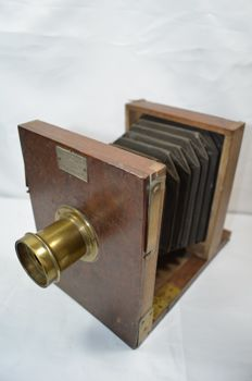 French gem, wooden camera