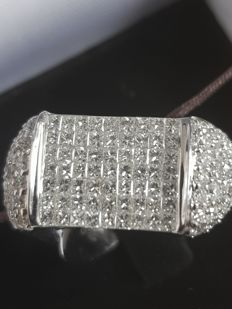 White gold ring with diamonds 2.13 ct - size 56