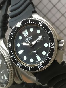 Seiko — Diver Turtle - 17 Jewels — Cal. 6309A (1987) — Men