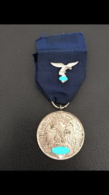Wehrmacht Luftwaffe Long Service medal Award for 4 years Iron magnetic
