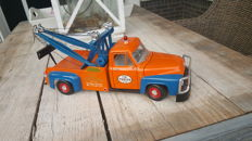 Road Legends - Scale 1/18 - Ford F-100 wrecker 1953
