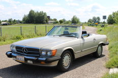 Mercedes-Benz  -  560 SL   -  1987