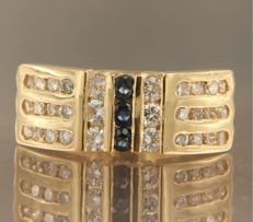 18 kt yellow gold ring set with brilliant cut sapphires and diamonds, ring size 16.5 (52)
