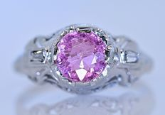Pink Tourmaline with baguette Diamonds ring - No reserve price!