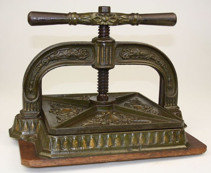 Cast iron book press - England - ca  1890 - Catawiki