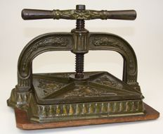 Antique cast-iron book press - ca. 1890 - England