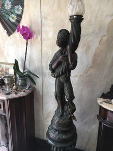 Large Blackamoor lamp with pedestal - Italy - early 20th century
