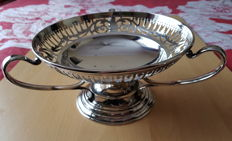 Large silver plated 3 handled bowl engraved with the flag of the White Star Line shipping company