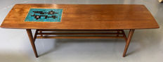 Unknown producer – vintage mid-century modern coffee table