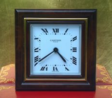 Extremely fine Swiss-Made Cartier Paris desk alarm clock – Year 1983 – In very good condition.
