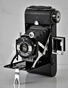 Circa 1951 Kershaw  Eight-20  'Penguin'  Folding Camera.