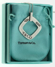 "Tiffany & Co - ""1837"" Collection - Vintage sterling silver ladies pendant necklace, ca.1990"