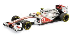 Minichamps - Scale 1/18 - Vodafone McLaren Mercedes MP4-27 L. Hamilton 2012