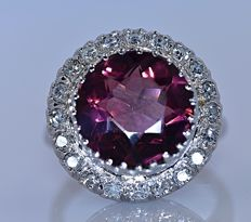 5.34 ct Pink round Tourmaline with Diamonds ring - No reserve price!