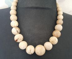 Natural white beige amber necklace with graduated round beads, 72 gram