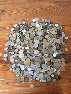 World - Batch of various coins and medals (6 kg)