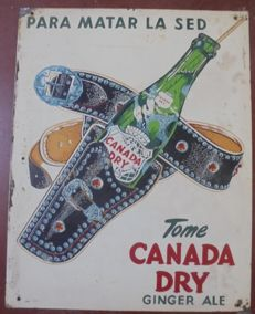 Metal plate. Advertising. Canada Dry. Ginger Ale. 1950s. USA