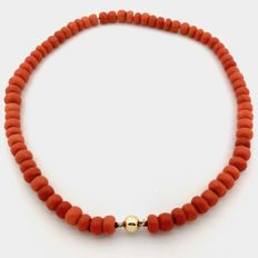Red coral necklace with 14k gold clasp - 42 cm