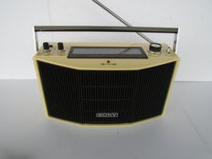 Very rare portable Sony stereo Radio type MR-9300W