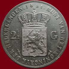 The Netherlands – 2½ Guilder coin 1851a (with dot), Willem III – silver