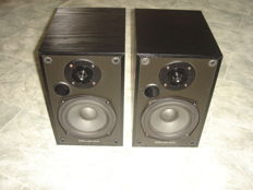 Wharfedale Diamond VI Speakers.