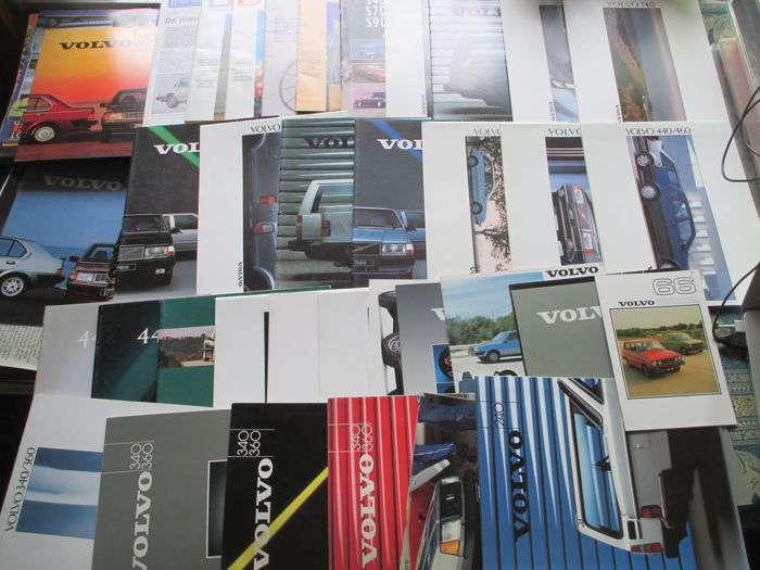 Car brochures (Volvo, 35x, 1976-1996)