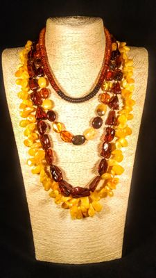 Set of 4 Baltic Amber necklaces, 120 grams