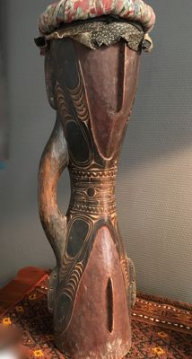 Kundu hand drum - Medium - Sepik - Papua New Guinea